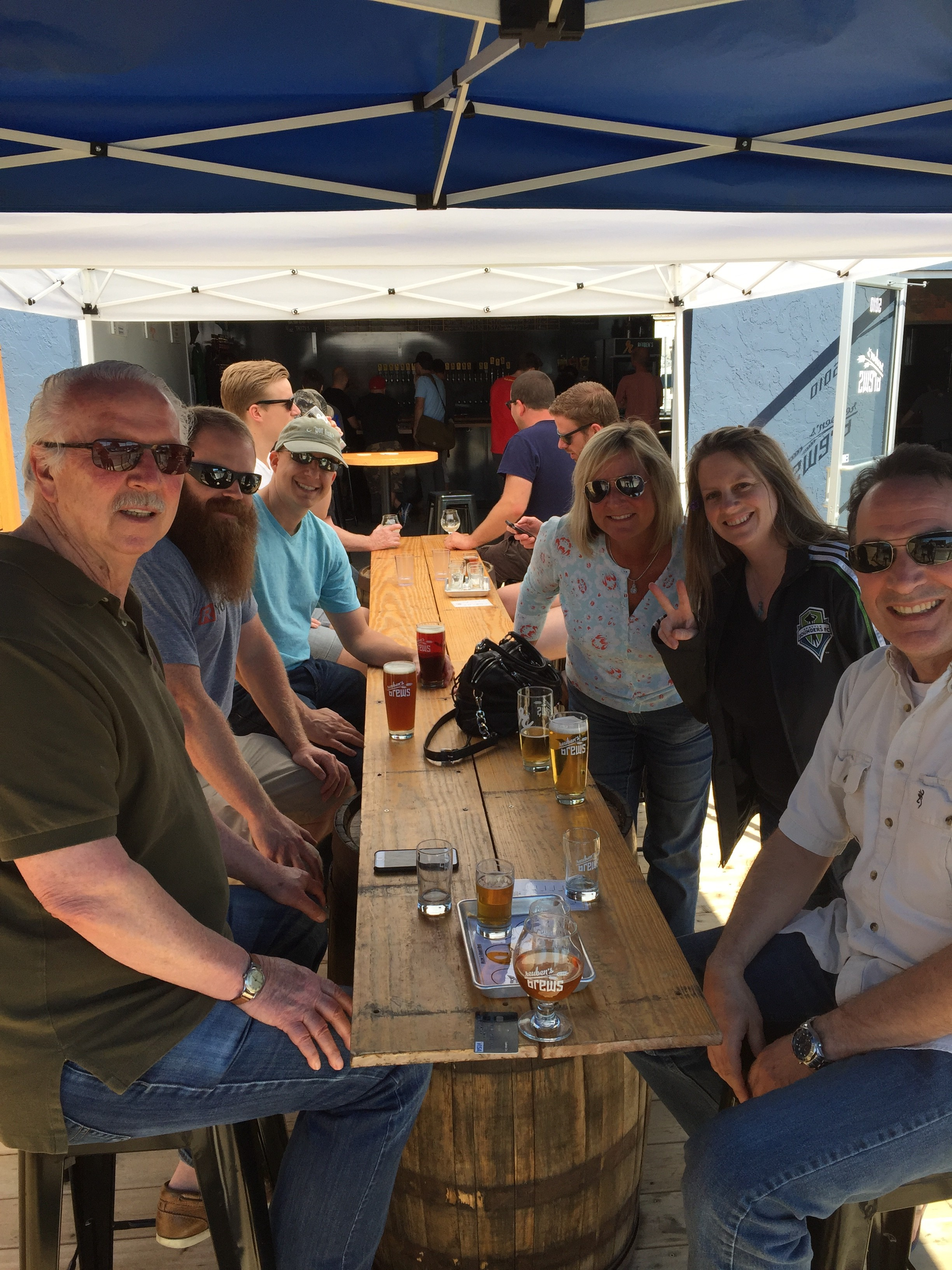 Seattle (Ballard) – The Keyport Team Grabs a Pint